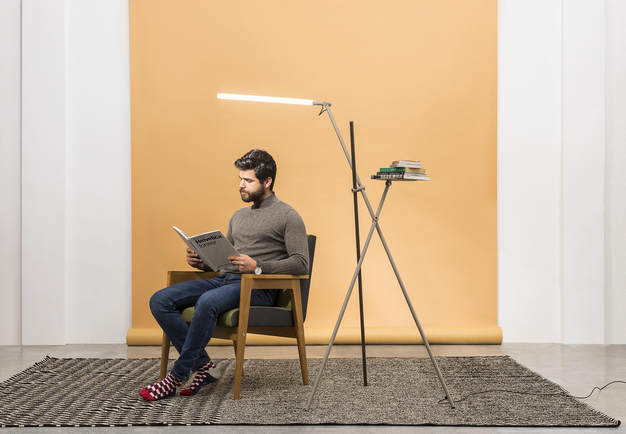 Asana P 3768 Floor Lamp Estiluz Image Ambient 06