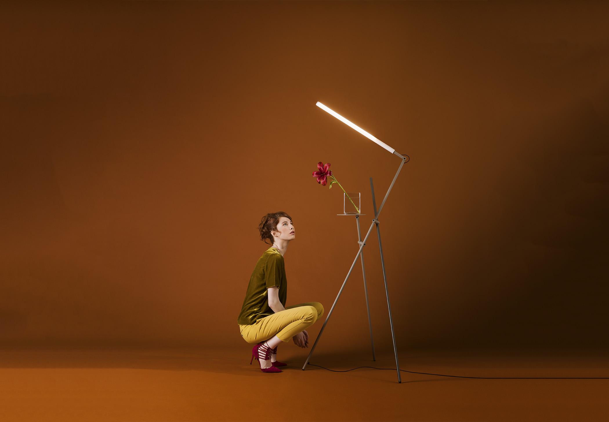 Asana P 3768 Floor Lamp Estiluz Image Ambient 08