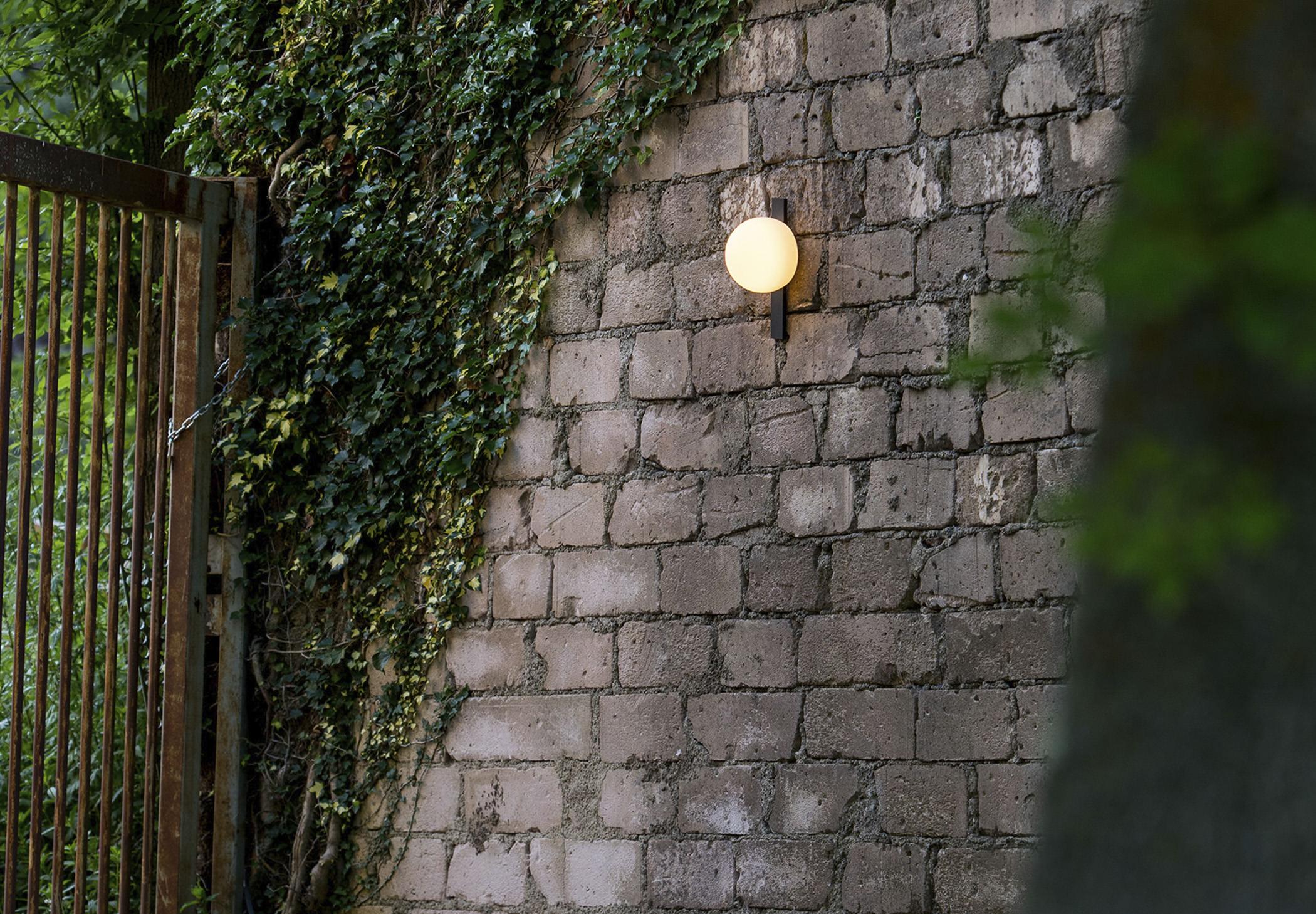 Circ A 3720 Wall Lamp Estiluz Image Ambient 01