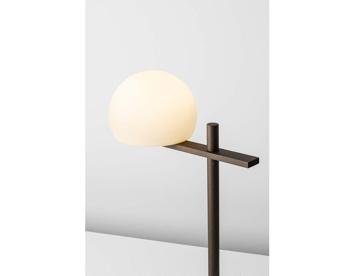 Circ M 3728 Table Lamp Estiluz Image Product 03