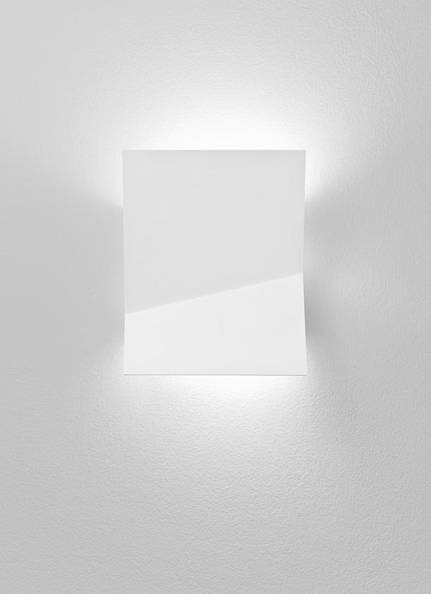 Piu A 3320l Wall Lamp Estiluz  Image Primary