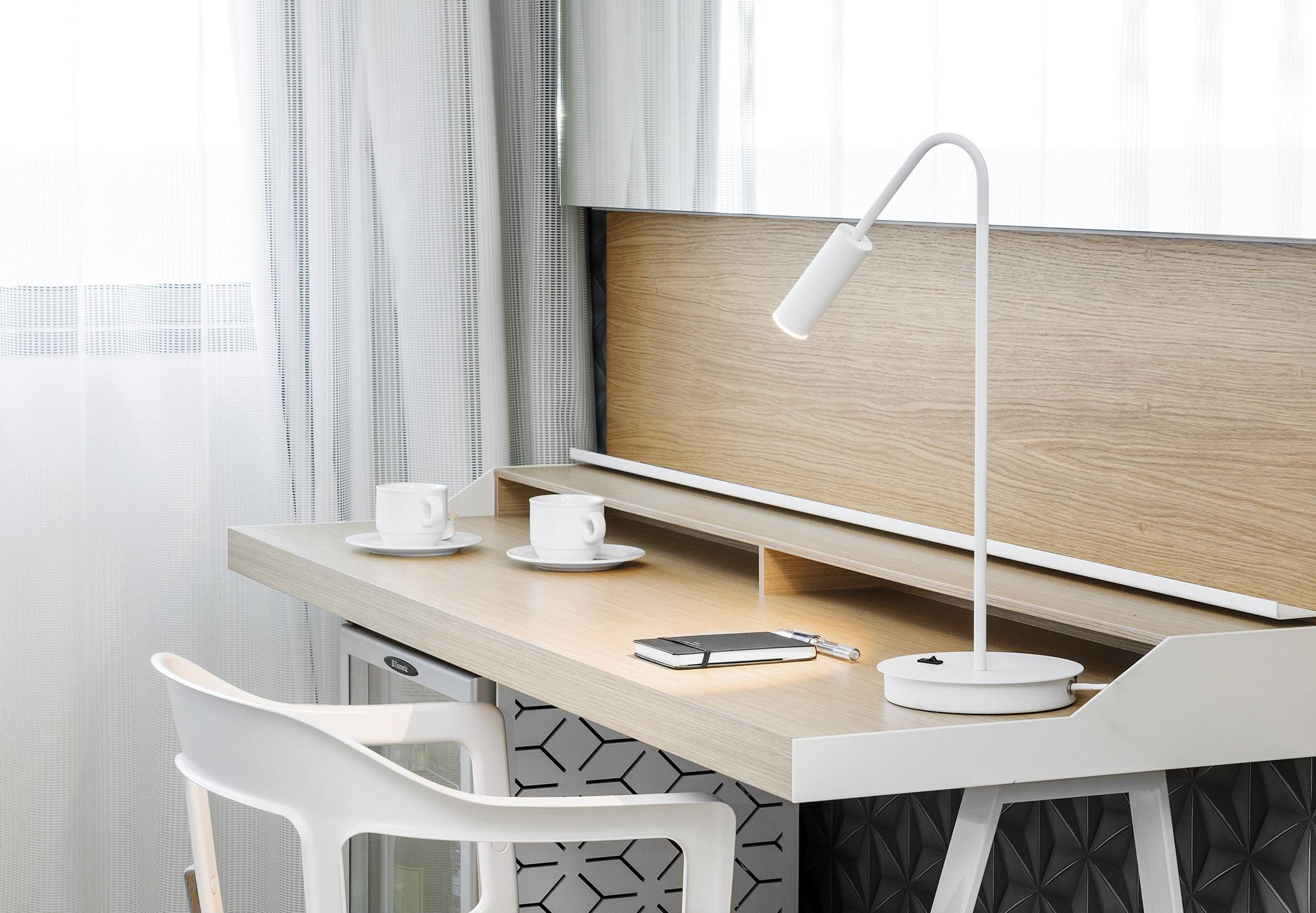 Volta M 3537 Table Lamp Estiluz Image Ambient 01